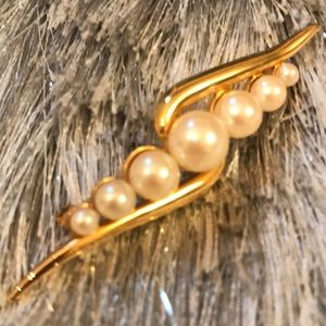 Monet Gold Tone Graduated Faux Pearl Brooch